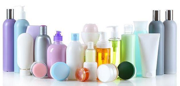 Achat de cosmétiques en ligne : attention aux composants !